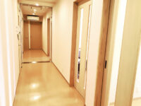 診察室への通路